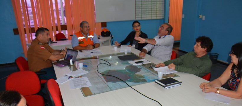 CEDEC promove reunião com representantes das Secretárias de Transporte e Educação.