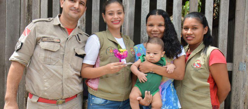Doadoras do Projeto Banco de Leite recebem lembranças em comemoração ao Dia das Mulheres