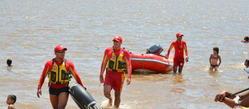 Bombeiros alertam sobre riscos de soltar pipa nas praias