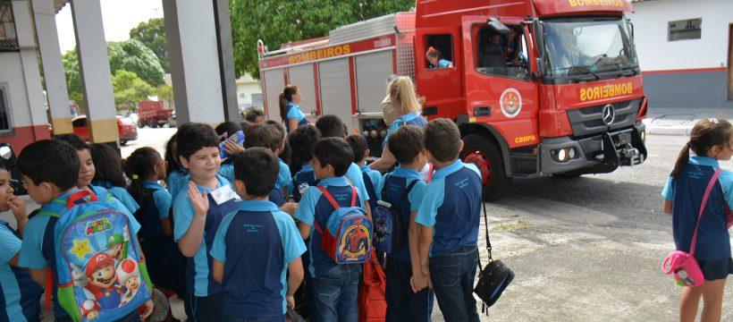 Alunos de escola de Belém visitam o Comando Geral do CBMPA