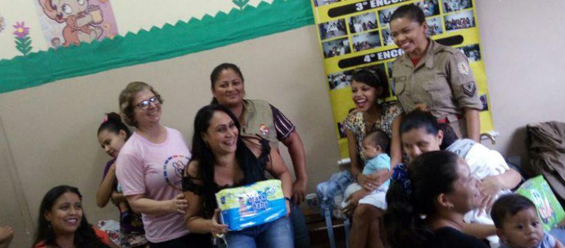 Bombeiros da Vida incentivam doação de leite materno no bairro da Cabanagem