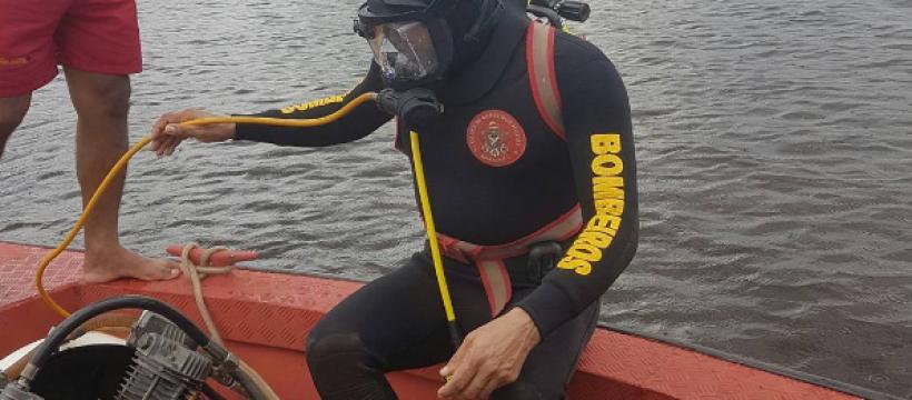 Mergulhadores do CBMPA ministram treinamento no Amazonas