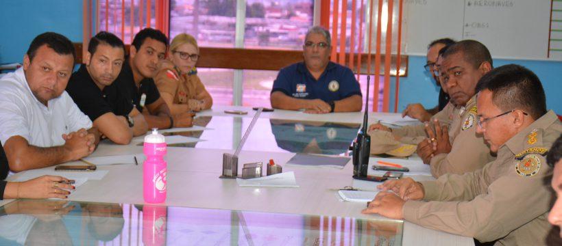 Oficiais promovem reunião para definir programação do Dia do Bombeiro Paraense.