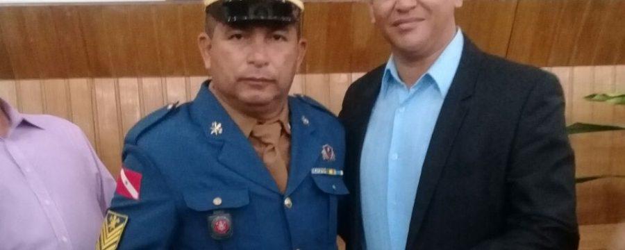 BOMBEIRO DO CBMPA RECEBE PRÊMIO SERVIDOR NOTA 10