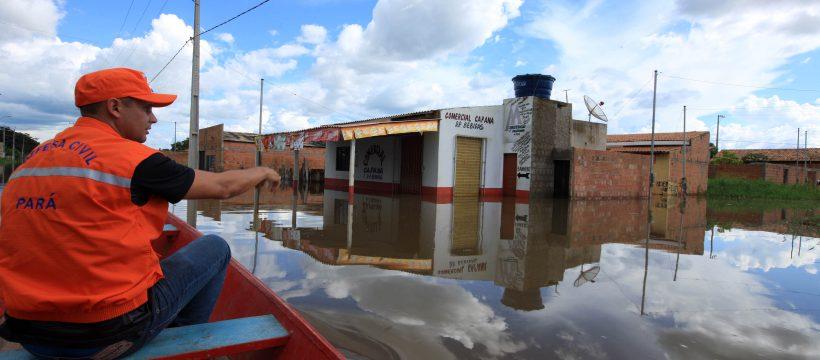 Força-tarefa presta assistência a famílias afetadas pelas enchentes no Estado