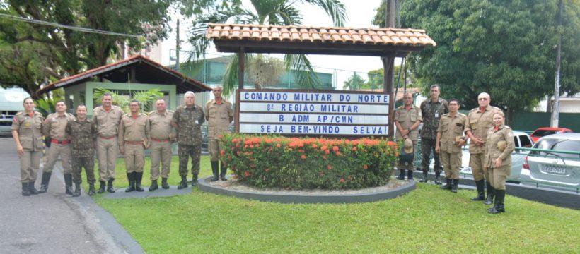 CORPO DE BOMBEIROS SE REUNE COM A 8ª REGIAO MILITAR