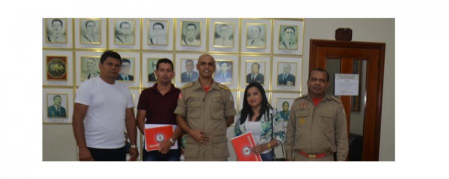 COMANDANTE RECEBE VISITA DE VEREADORES DO MUNICÍPIO DE JACUNDÁ