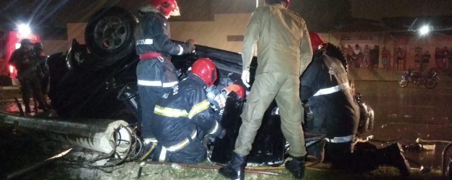 Militares do 4º GBM realizam desencarceramento de vítima em acidente de trânsito