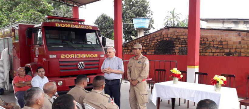 Bispo da Diocese de Castanhal visita quartel do 17ºGBM
