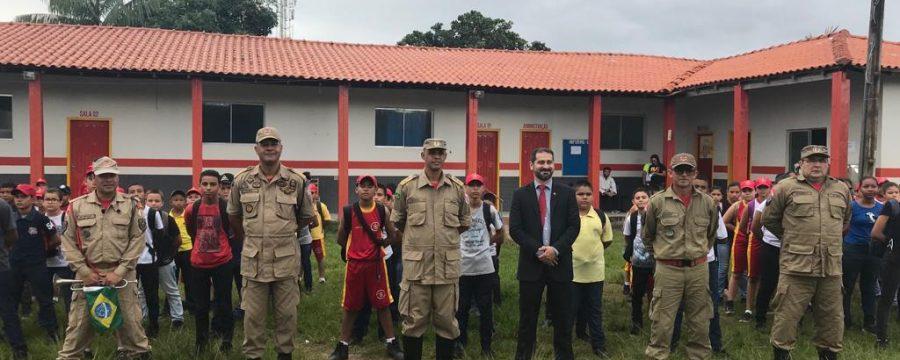 Comandante Geral e Secretário Estadual de Segurança visitam 4º Grupamento de Bombeiros Militar.