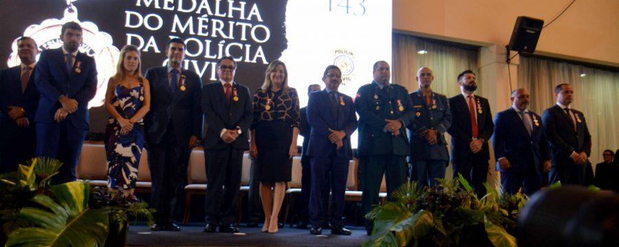 CBMPA RECEBE MEDALHA DO MÉRITO DA POLÍCIA CIVIL