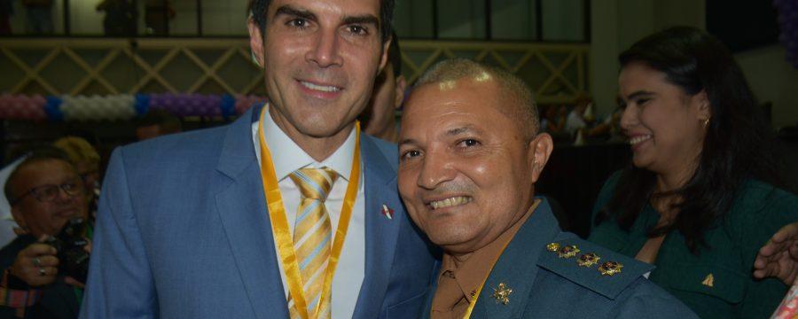 Assembleia Legislativa do Pará homenageia Coronel Pinheiro pelos serviços prestados