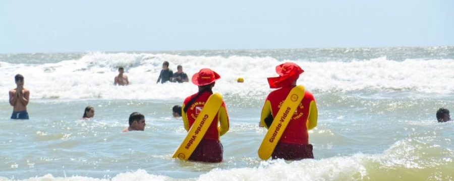 Corpo de Bombeiros alerta banhistas para riscos de afogamento