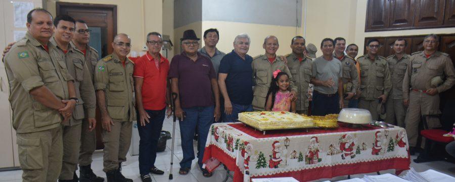 BOMBEIROS MILITARES CONFRATERNIZAM ENTRADA PARA RESERVA REMUNERADA