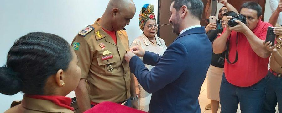 Comandante Geral do CBMPA recebe honraria pelo Dia Internacional dos Direitos Humanos