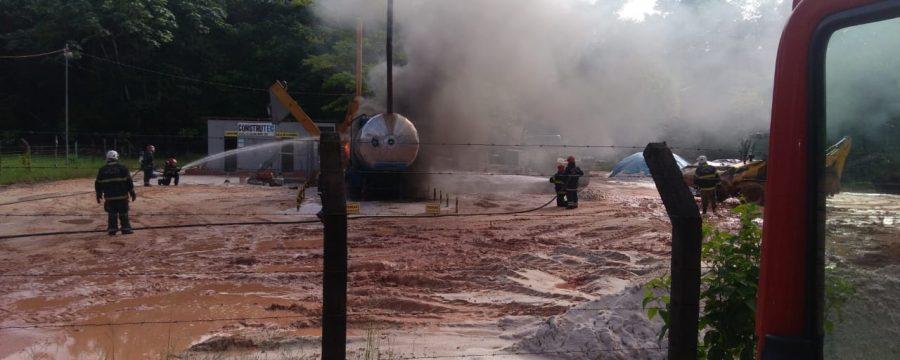 CBMPA atende ocorrência de incêndio em Marituba