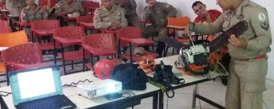12º Grupamento Bombeiro Militar realiza palestra sobre o uso de equipamentos motomecanizados
