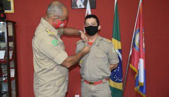 Entrega do Distintivo de comandante