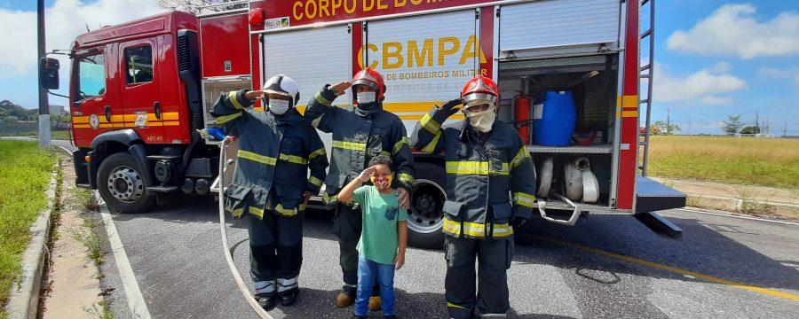 CBMPA recebe visita de criança que sonha em ser Bombeiro
